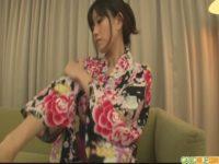 【無修正】浴衣巨乳美女をマッサージ!!のはずが3P発展w