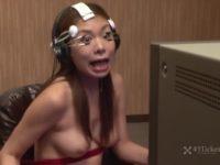 【無修正】巨乳美女を洗脳して生SEX!!時計仕掛けのオレンジかw