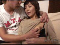 【無修正】入れて~や♪関西弁熟女をハメ撮り!!性欲強すぎて雌犬状態w