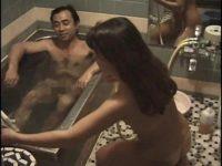 【無修正】お風呂場でおっさんとSEX!!業が深そう