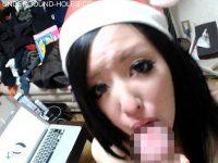 【無修正】クリスマスの夜に彼女にサンタコスさせてハメ撮り中出し!!