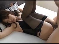 【無修正】ガーターベルトのセクシーランジェリーの小悪魔ギャルと顔射SEX