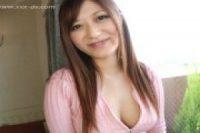 【無修正】ノーブラで乳房がはみ出ているムチムチ女の子と絶頂H