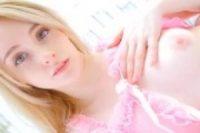 【無修正】天使のような北欧美少女がパイパンまんこ丸出しでエッチな撮影に挑戦